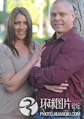 美国情侣与5千人发生性关系 助他人解决性问题